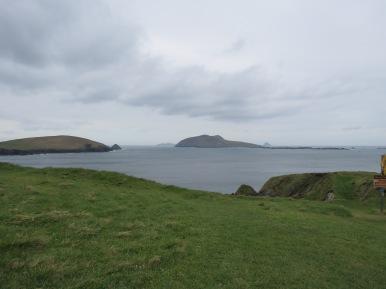 מבט אל האיים