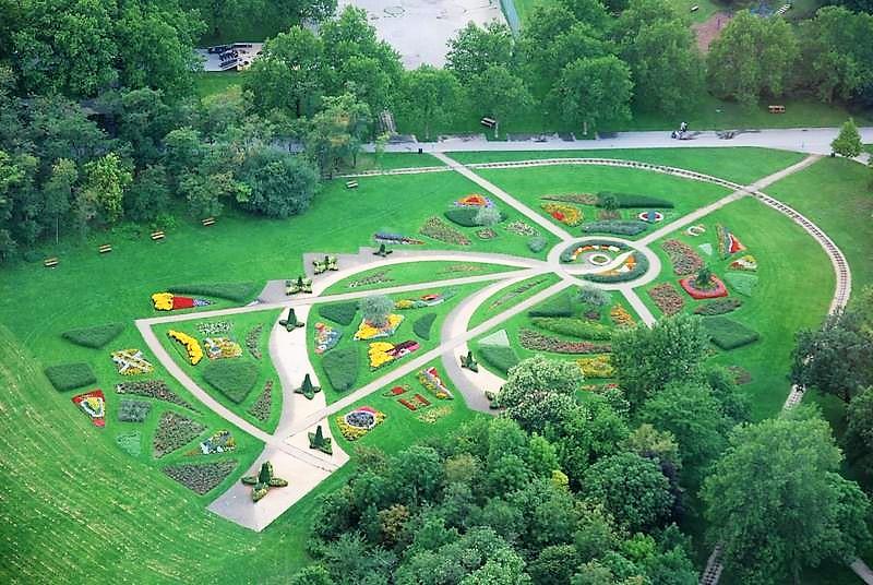 הגן ממגדל הדנובה